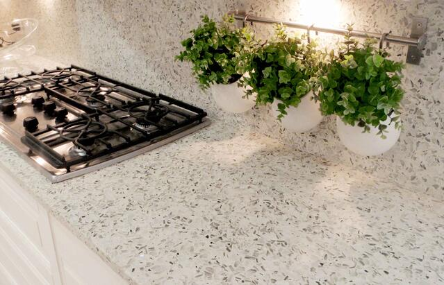 martini-flint-recycled-glass-countertop-backsplash