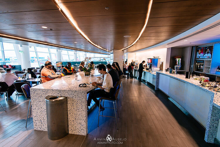 Vetrazzo Seattle Delta Sky Lounge 3 Chivalry Blue